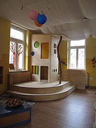 Kinderspielhaus auf 2 Ebenen