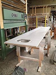 Bearbeitung einer Arbeitsplatte aus Mineralwerkstoff